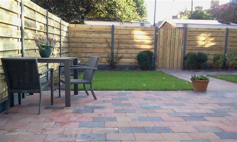 tuinhuis plaatsen op beton tuinhuis en beton hout schutting en poort plaatsen werkspot