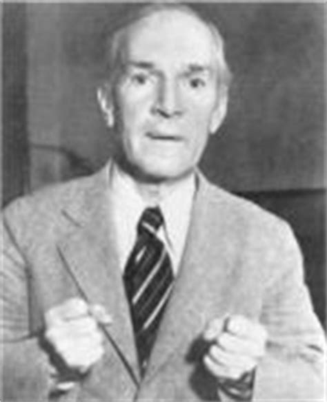 biography upton sinclair upton sinclair biography enotes com