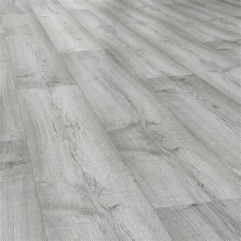mm dartmoor oak laminate flooring  monument flooring