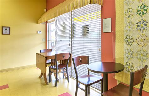 Cupcake Shop Interior Design by Cupcakes Shop Interior Cake Ideas And Designs
