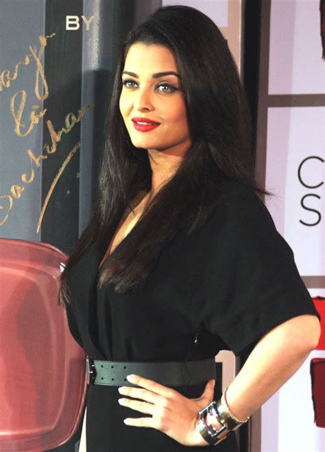 how to look like aishwarya rai with pictures wikihow aishwarya rai bachchan to unveil first look of jazbaa at