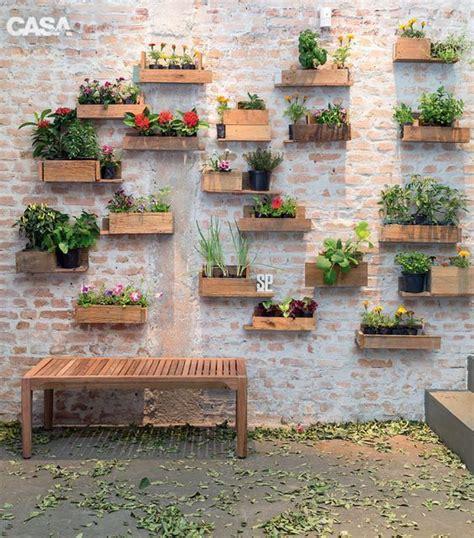 decorar jardines pequeños con plantas m 225 s de 1000 im 225 genes sobre jardineria en pinterest ideas
