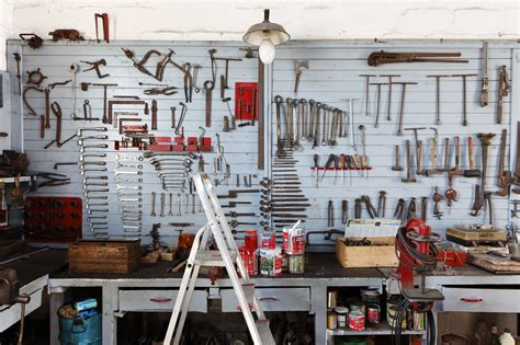 werkstatt möbel jak oświetlić garaż