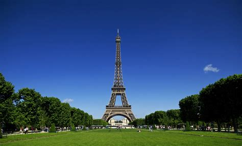 Eiffel In sights and insights la tour eiffel the eiffel tower