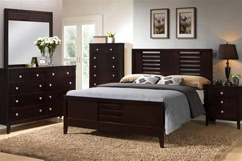 Bedroom Furniture In Espresso Colors Poundex Furniture F9281ck California King Bed Nightstand