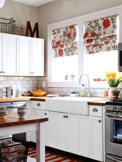 5 fresh ideas for your kitchen window treatments