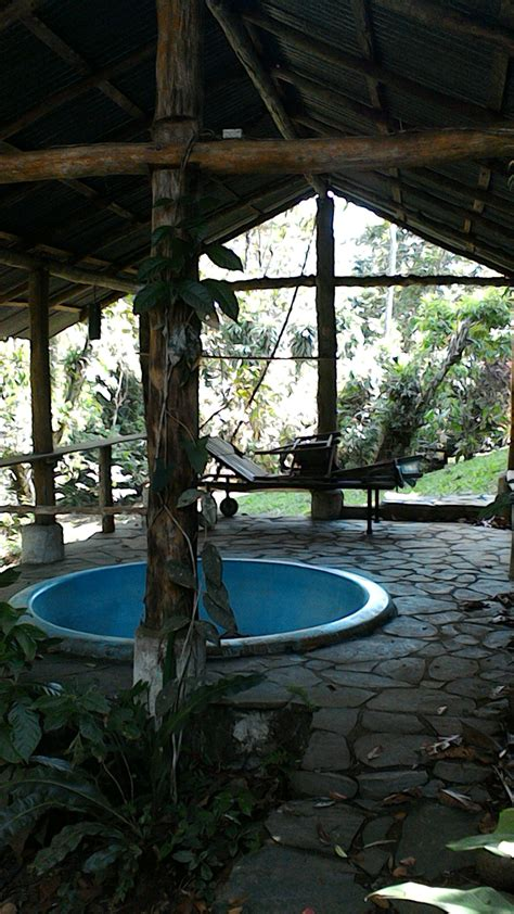 werkstatt hängeschrank haus mit bungalow werkstatt bodega montagegrube
