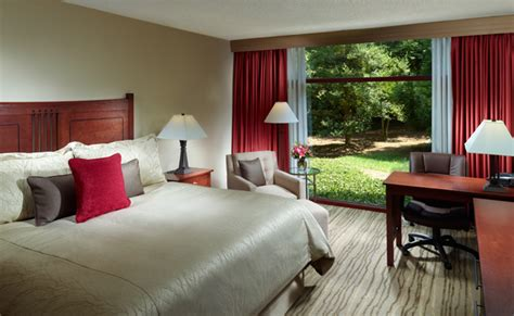 emory rooms luxury hotel rooms and suites in atlanta