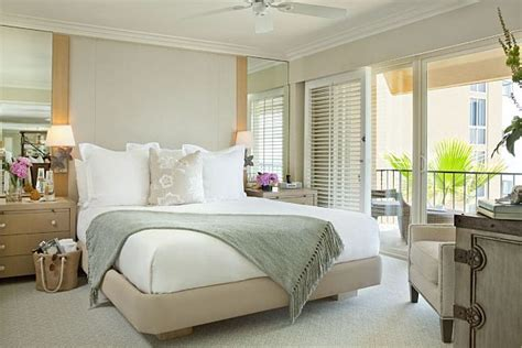 penthouse style bedrooms how to decorate with a sleek theme how to decorate a bedroom simply and with style