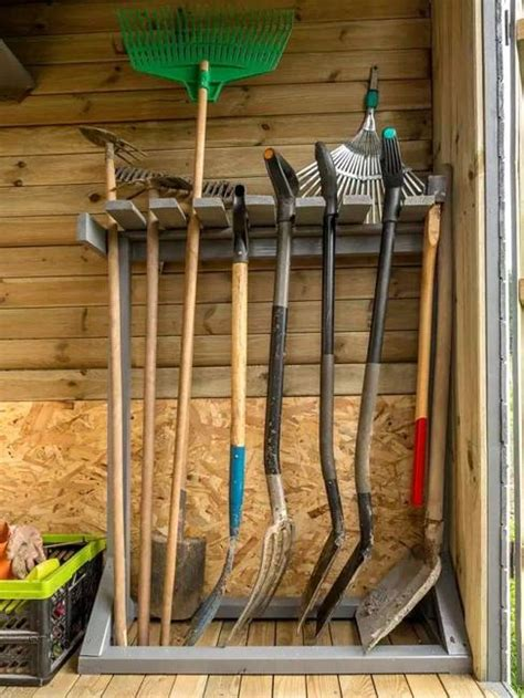 organize large gardening tools  ideas  diy