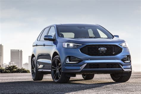 ford edge rs 2019 ford edge st revealed as proper performance variant