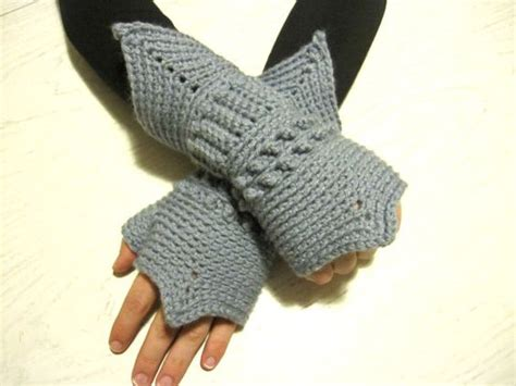 renaissance knitting patterns crochet armor mittens fingerless gloves by