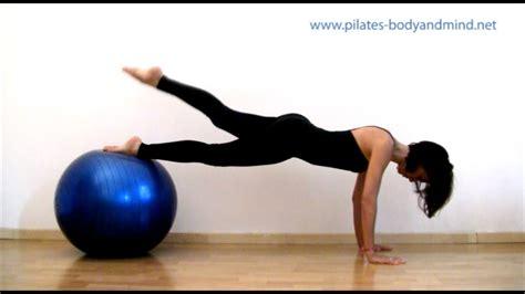 esercizi pilates a casa pilates esercizi con la palla