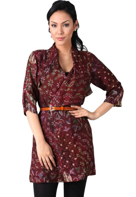 Baju Batik Wanita Kombinasi Polos contoh model baju batik ke kantor contoh model baju batik and model baju batik