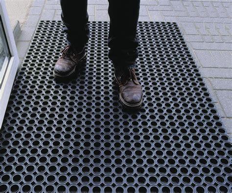 tappeti in gomma per esterno tappeto raccogli sporco om 8 10 per uso esterno in gomma
