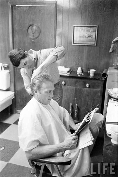 the steve mcqueen haircut steve mcqueen gets his hair cut 1963 tumblr actors and
