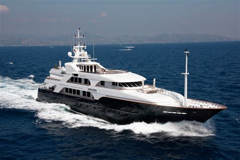 nobel house luxury yacht noble house fiji and south pacific crewed motor charter