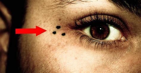 star tattoo meaning under eye cuando veas a alguien con 3 puntos en la cara debes tener
