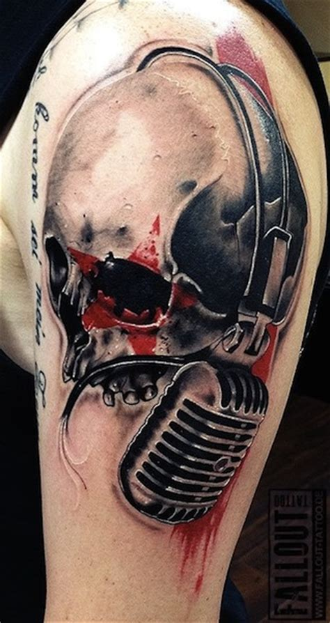 microphone skull tattoo skull and microphone tattoo on left shoulder