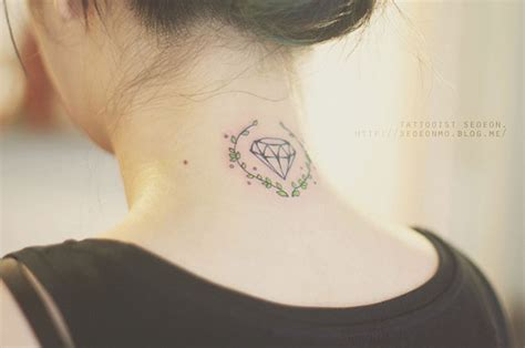 25 minimalist tattoos by seoeon that will make you want