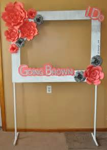 Diy Photo Booth Frame Photo Booth Frame With Paper Flowers On A Pvc Pipe Stand Made By Me Pinterest Photo Booth