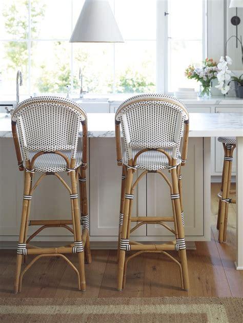 outdoor kitchen bar stools best 25 outdoor island ideas on pinterest outdoor bar