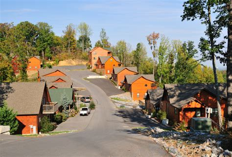 Best Cabins In Pigeon Forge by 5 Places To Find The Best Cabins In Pigeon Forge And