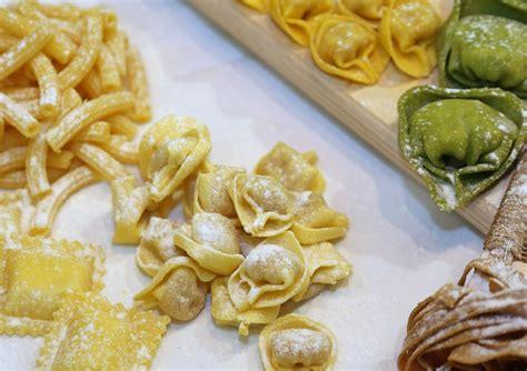 alimentazione a due anni in italia 182 858 celiaci 11mila diagnosi in due anni
