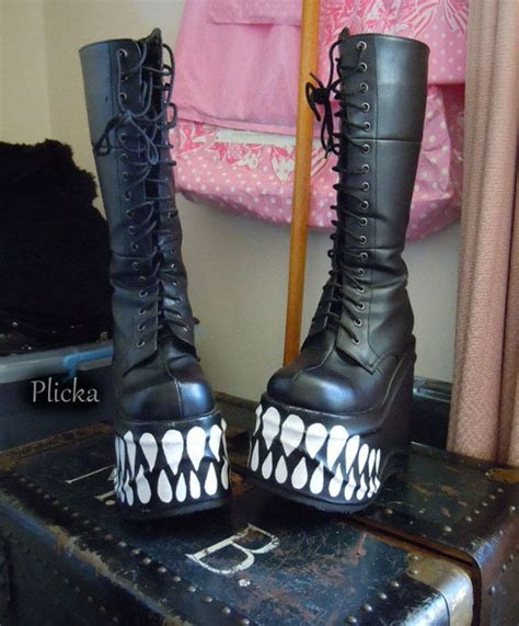 diy platform shoes platform boots 183 a boot 183 drawing and stencilling
