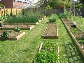 Layout Of Garden Garden Inspiring Garden Layouts Design Style Free Garden Plans Small Garden Design Plans