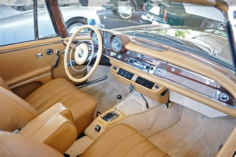 mercedez bench auction results and sales data for 1962 mercedes benz 220