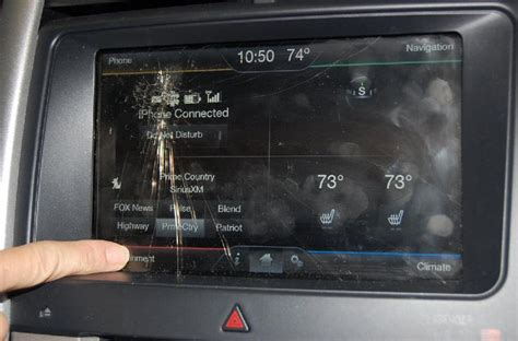 ford touch screen 2013 ford edge myford touch screen cracked 2 complaints
