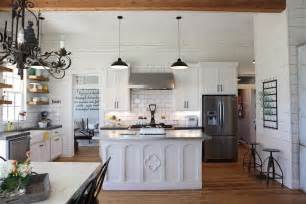 Home Styles Nantucket Kitchen Island chip and joanna gaines fixer upper home tour in waco
