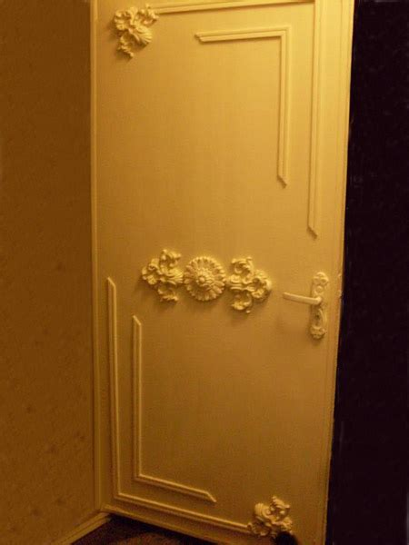 11 Door Decorating Ideas To Create Modern Interior Doors Decorating Closet Doors Ideas
