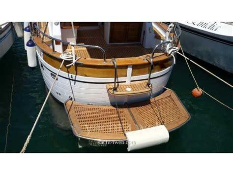gozzo usato cabinato gozzo cabinato usato lazio la cura dello yacht