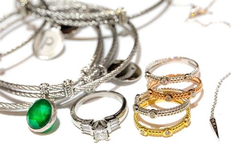 jewelry tips how to organize your jewelry on the road destination tips