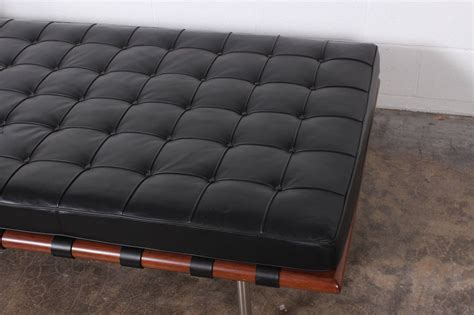 barcelona daybed by mies der rohe for knoll at 1stdibs