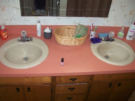 both bathroom sinks clogged ask me help desk sinks both fill drain