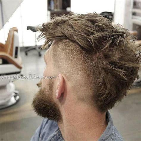 corte mohicano el peinado mohicano para mujeres y hombres los peinados