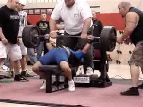 world record bench press 165 lbs joe mazza world record 655lb bench press youtube