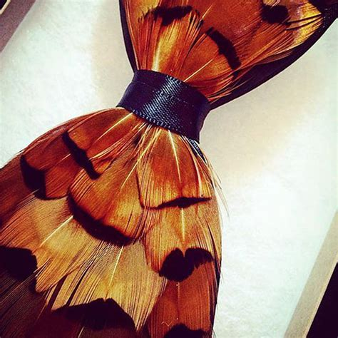 The Charlie Bow Tie   Feather Gifts   MyGiftGenie
