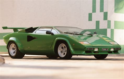 Green Lamborghini Countach Bright Green Lamborghini Countach Heading To Auction