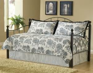daybed bedding sets black and white