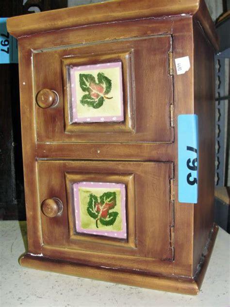 2 door wooden cabinet small wooden 2 door cabinet
