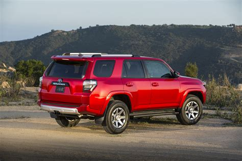 2015 Toyota 4runner Trail 2015 Toyota 4runner Trail Is The Tailgating Truck