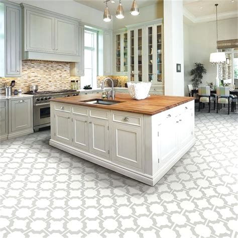 white kitchen tiles best 25 tile floor kitchen ideas on pinterest tile
