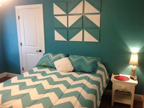 chevron bedrooms 17 best ideas about chevron bedrooms on pinterest