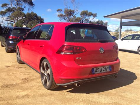 2013 Volkswagen Golf Review by 2013 Volkswagen Golf Gti Review Photos Caradvice