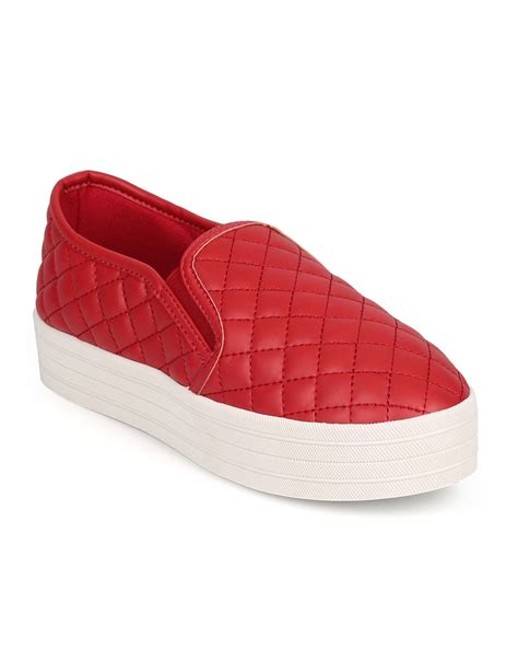 quilted platform sneakers shoes breckelles dh58 leatherette quilted toe