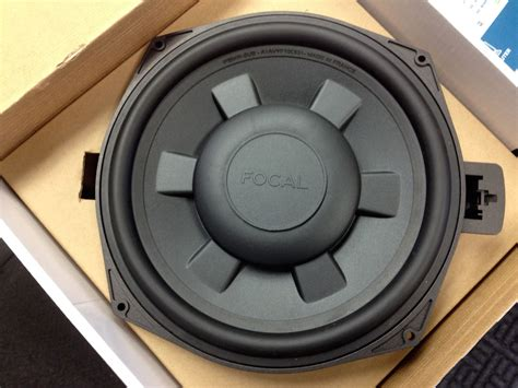 seat speakers bmw e90 focal underseat subs